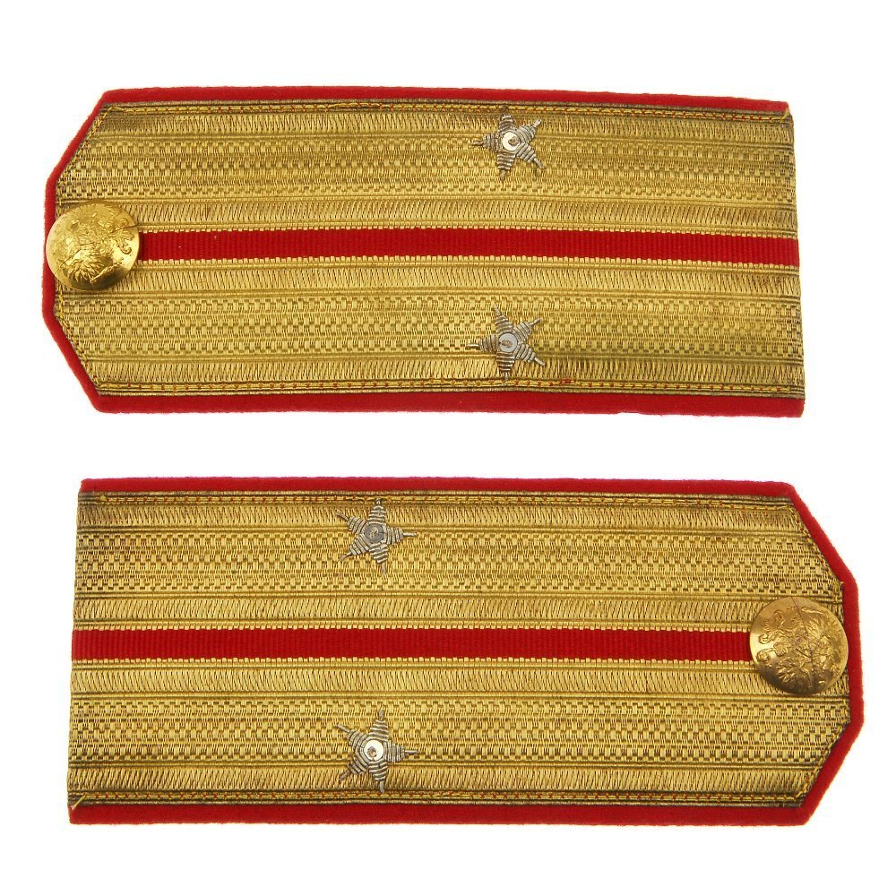 307: Imperial Russian pair of Lieutenants shoulder stra