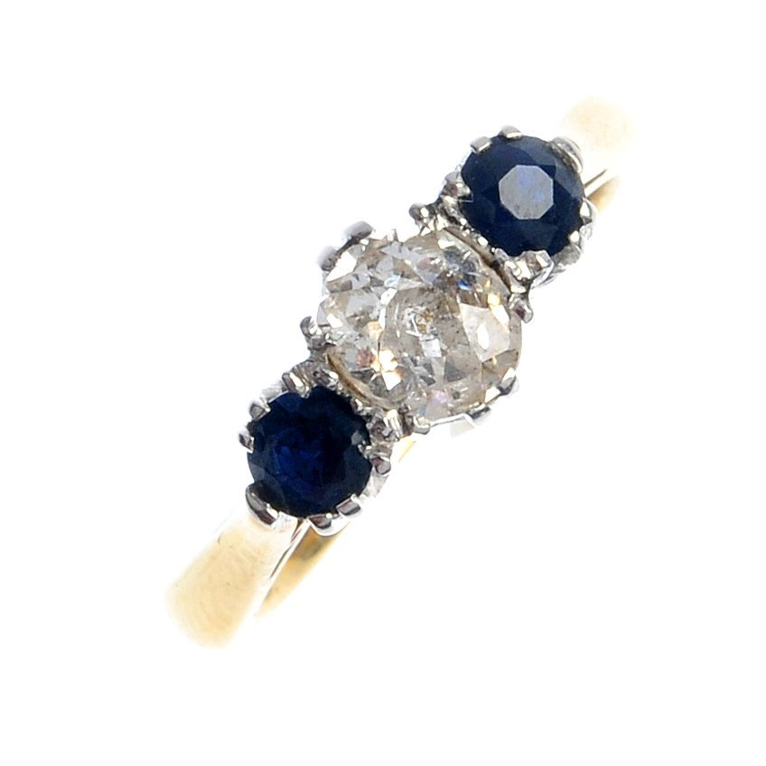 402: A mid 20th century 18ct gold and platinum sapphire