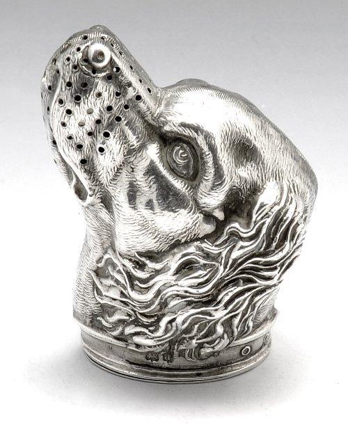 Edwardian novelty silver spaniel pepper.