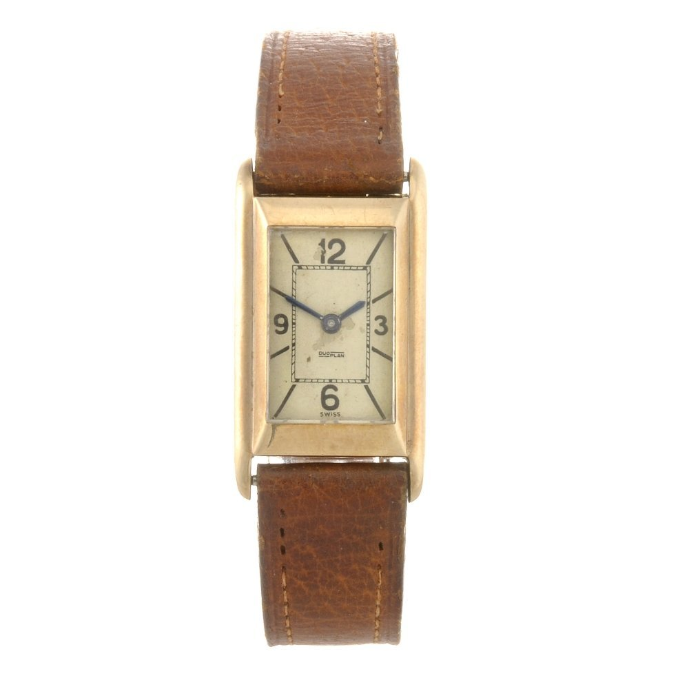 22: A 9ct gold manual wind lady's LeCoultre Duoplan wri