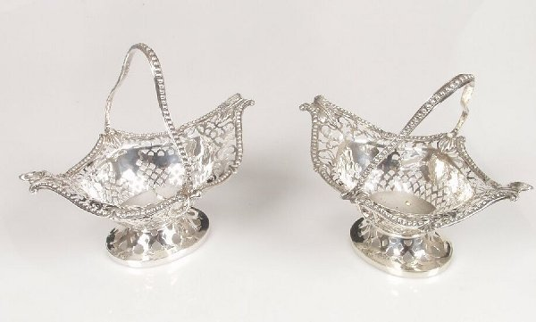 1022: A pair of Victorian bon bon baskets of