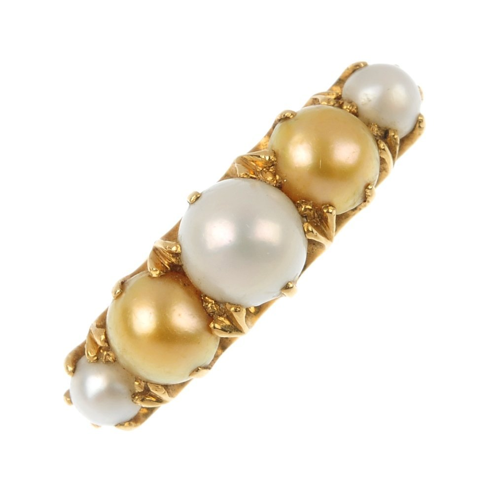 An 18ct gold split pearl ring.