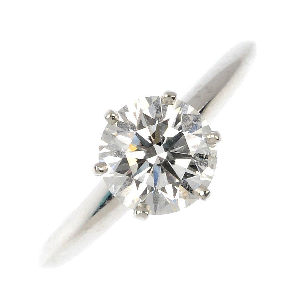 TIFFANY & CO. - a diamond single-stone ring.