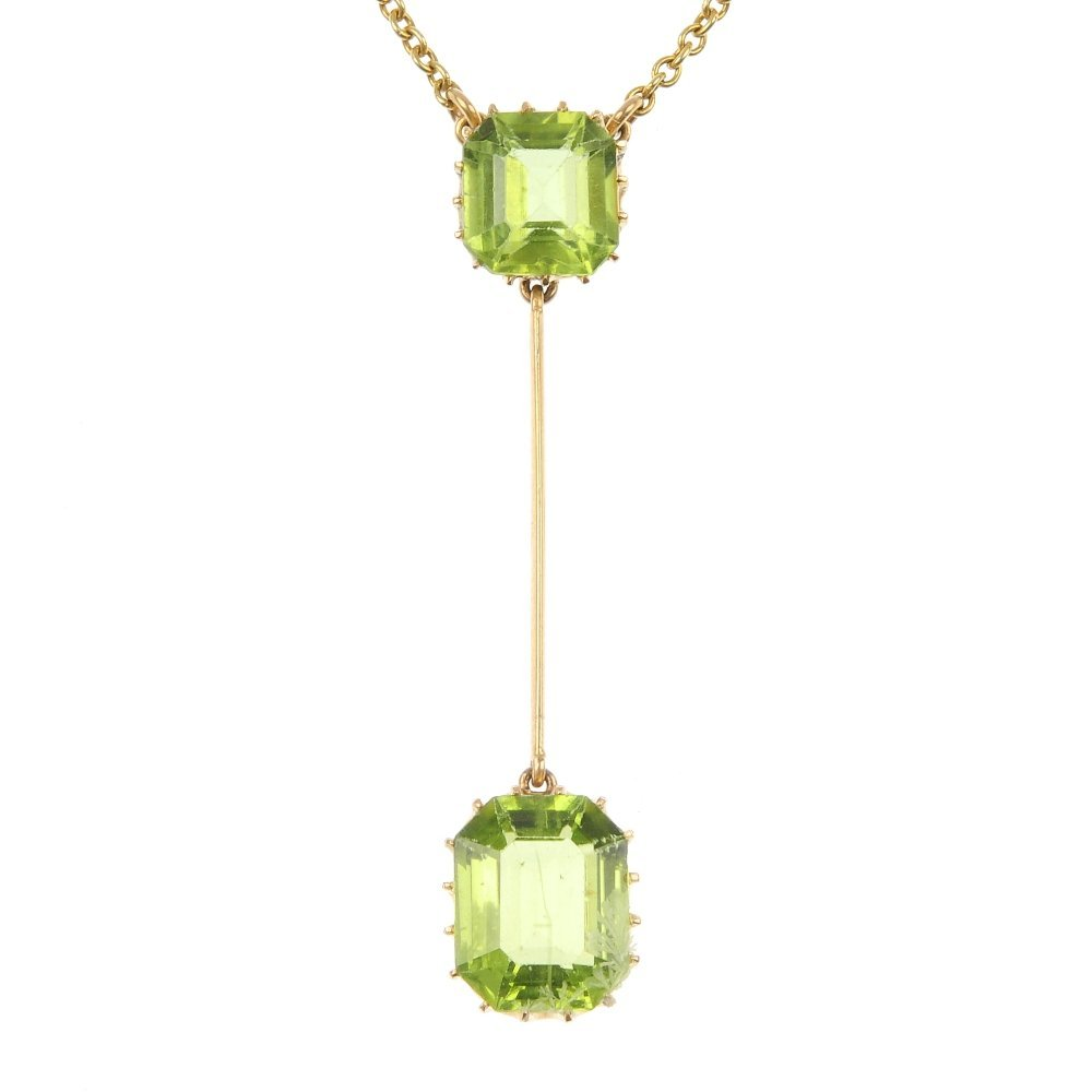 An early 20th century 15ct gold peridot pendant.