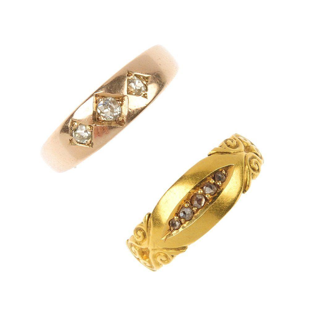 Two late Victorian 18ct gold diamond rings, circa 1880.