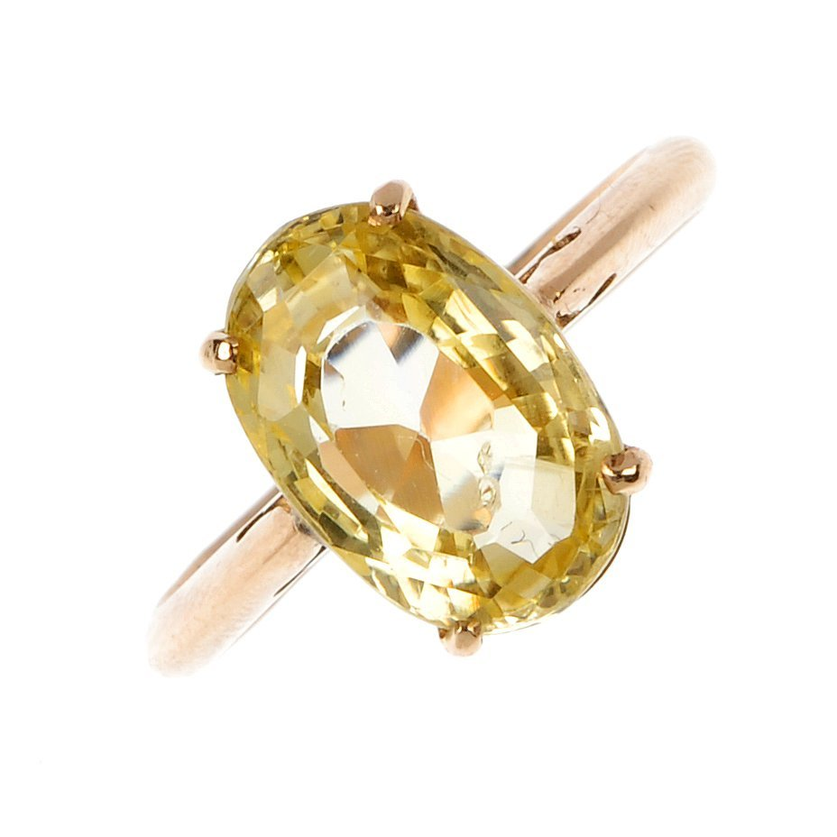 A 9ct gold sapphire single-stone ring.