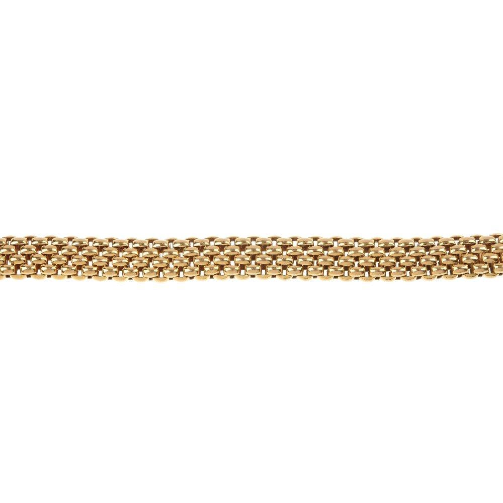 FOPE - an 18ct gold 'flex-it' bracelet.