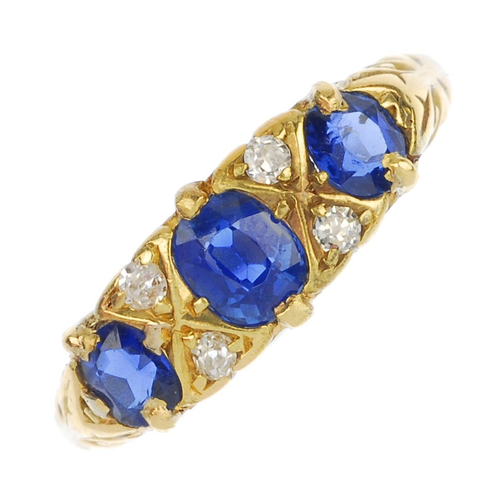 An early 20th century 18ct gold sapphire and diamond dr
