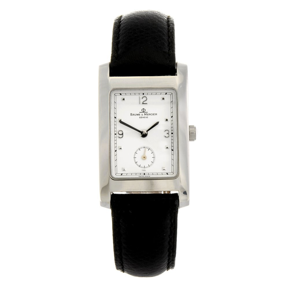 A stainless steel quartz Baume & Mercier Hampton wrist