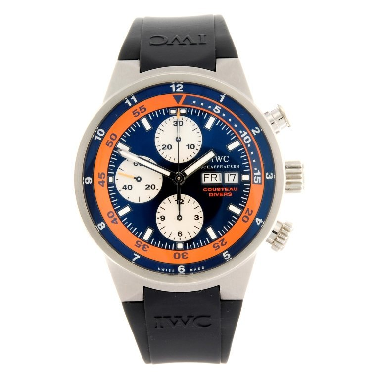 (701014152) A stainless steel automatic chronograph
