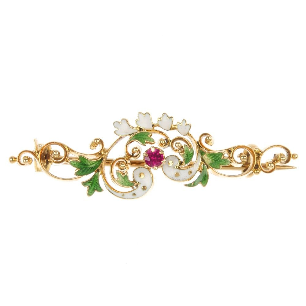 An early 20th century 15ct gold synthetic ruby and
