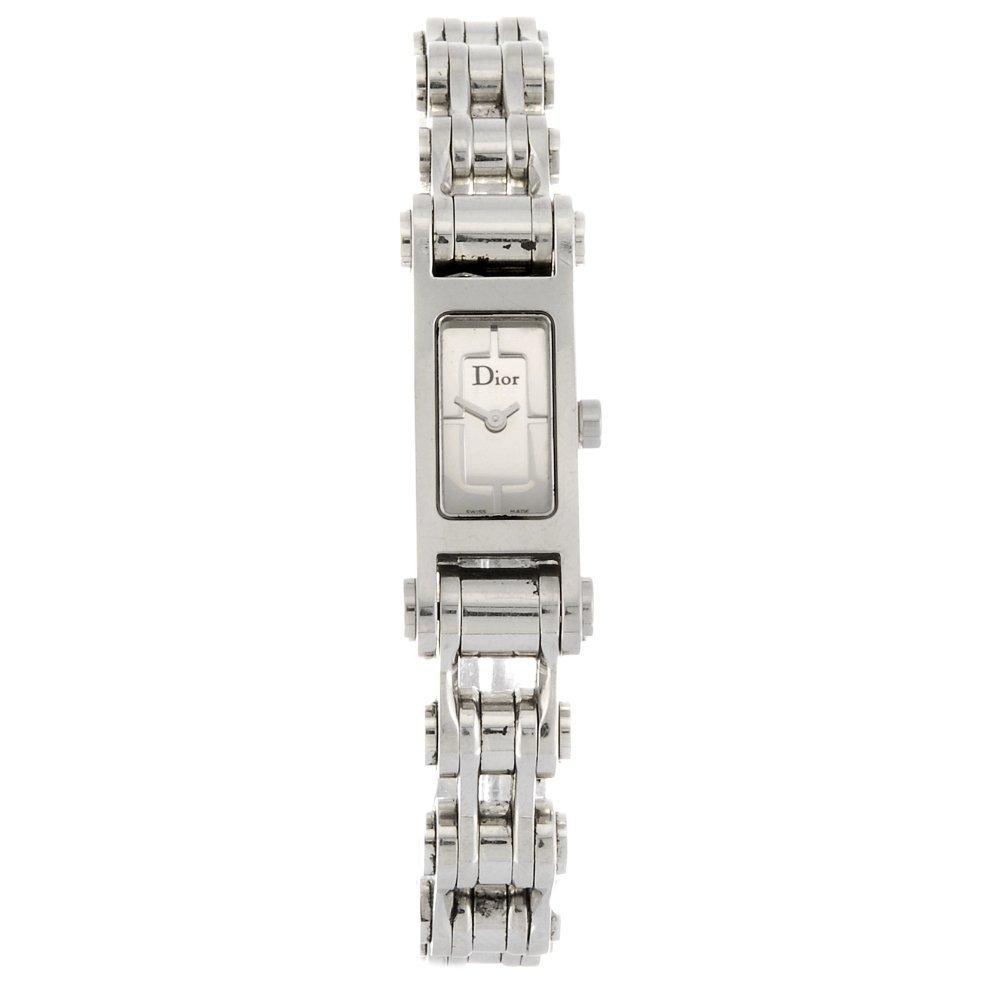 A stainless steel quartz lady's Dior 66 bracelet watch.