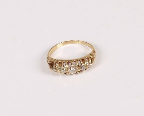 13: Early 20th century 18ct gold five stone o