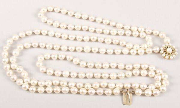 100: A two row uniform cultured pearl necklet