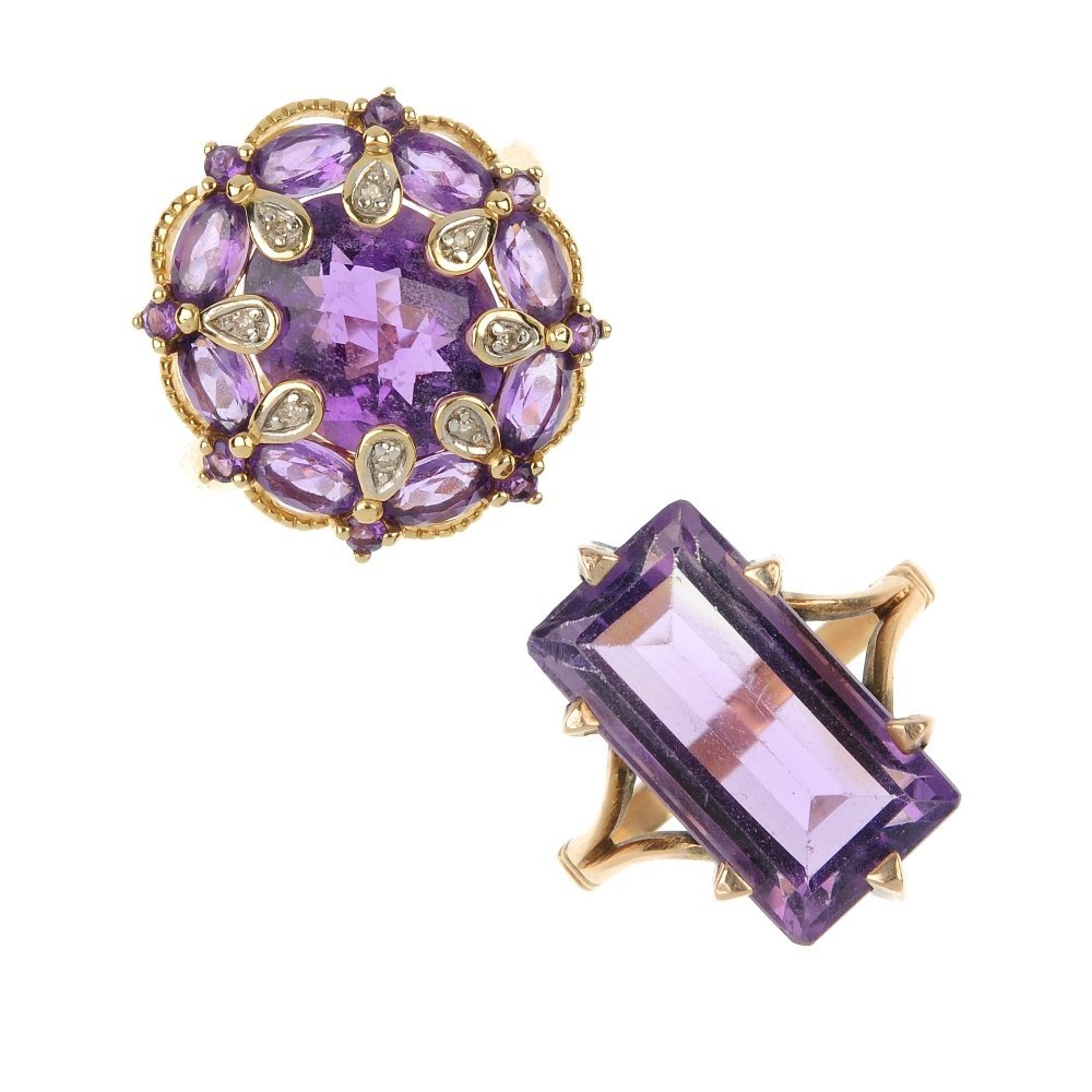 A selection of 9ct gold amethyst jewellery.