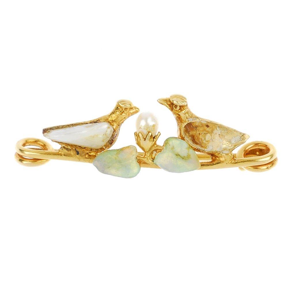 MURRLE BENNETT & CO. - a 15ct gold enamel cultured