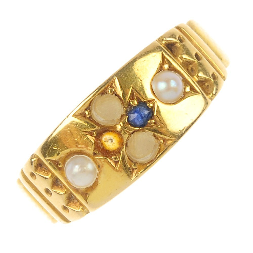 A late Victorian 18ct gold sapphire and split pearl