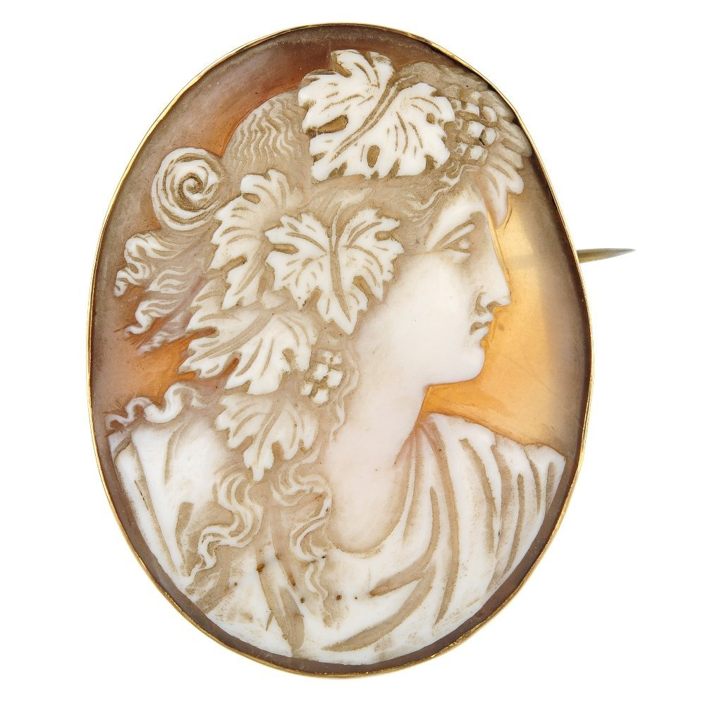 A late 19th century 9ct gold shell cameo brooch.