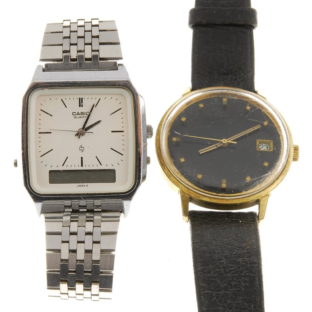 A bag of various watches, recomended for repair