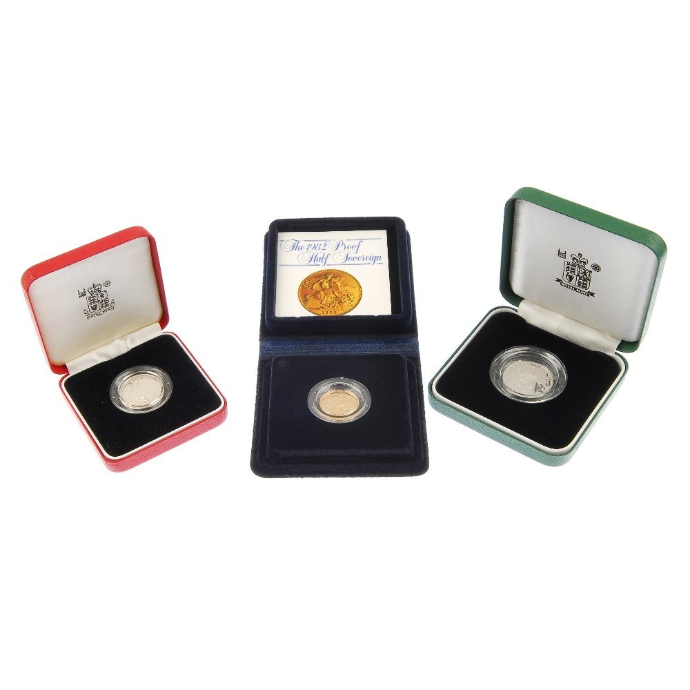 1982 Half Sovereign and 1992 Peidfort 10p and two proof