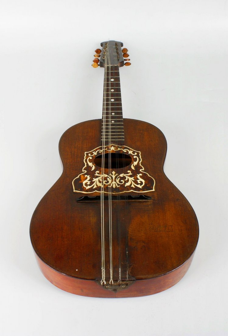 A 'Neapolitan College of Music' mandolinetto