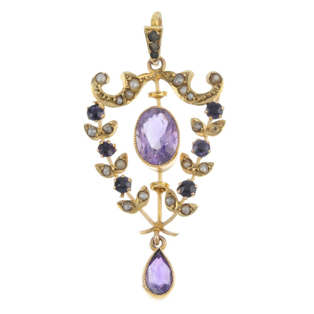 An early 20th century 9ct gold amethyst split pearl