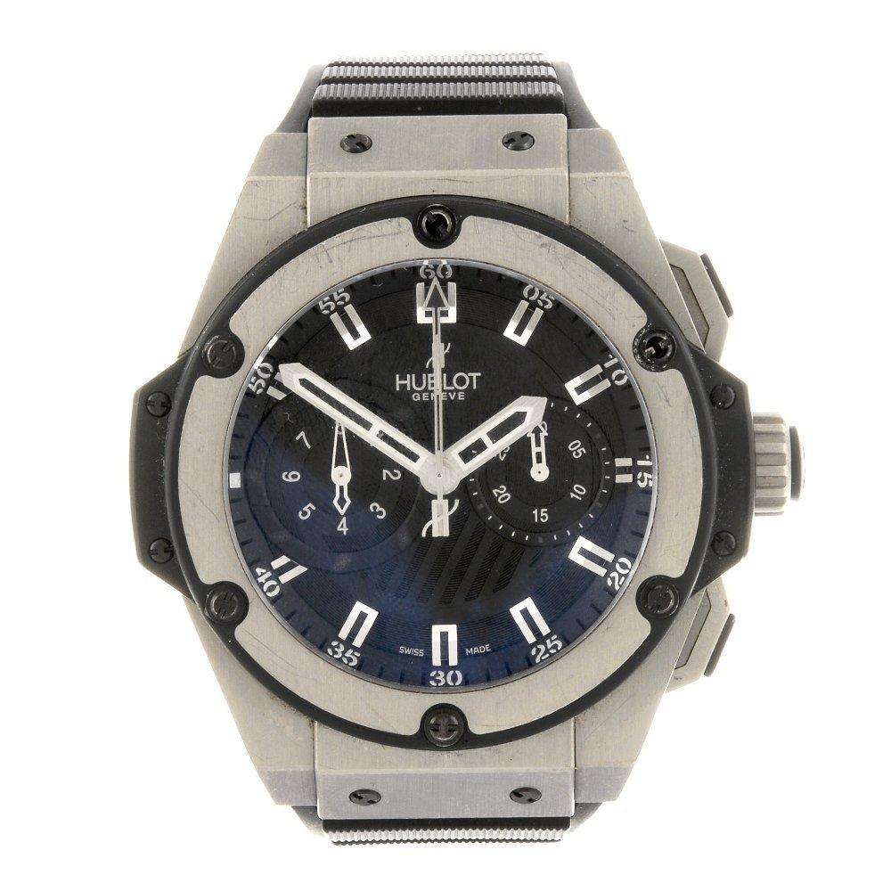 (133701) A titanium automatic chronograph gentleman's
