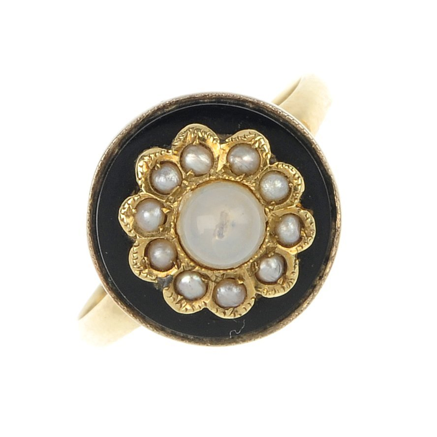 An imitation pearl, split pearl and agate ring.