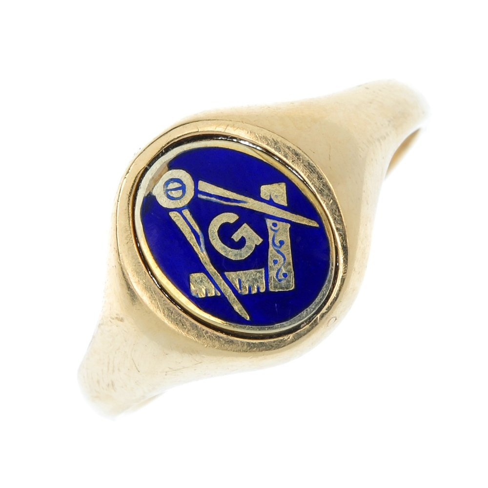 A 9ct gold Masonic enamel swivel ring.