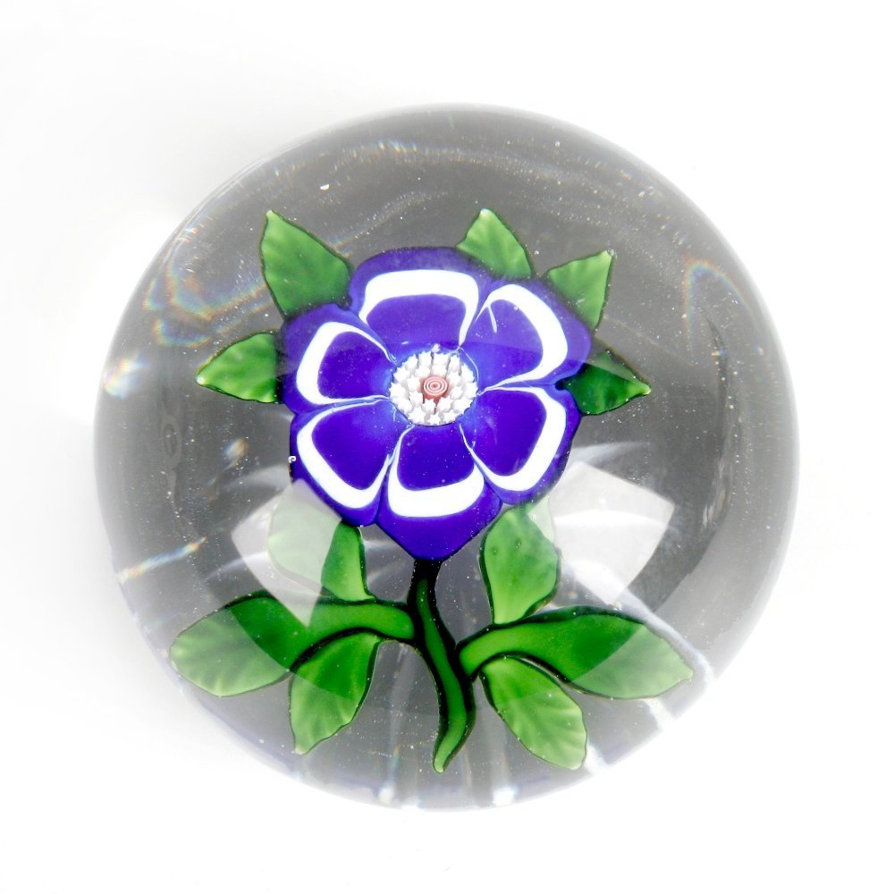 A Baccarat primrose paperweight