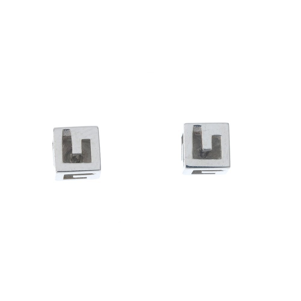 GUCCI - a pair of 18ct gold ear studs.