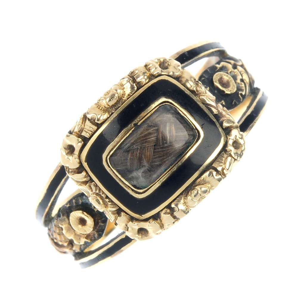 A late George III gold enamel mourning ring.