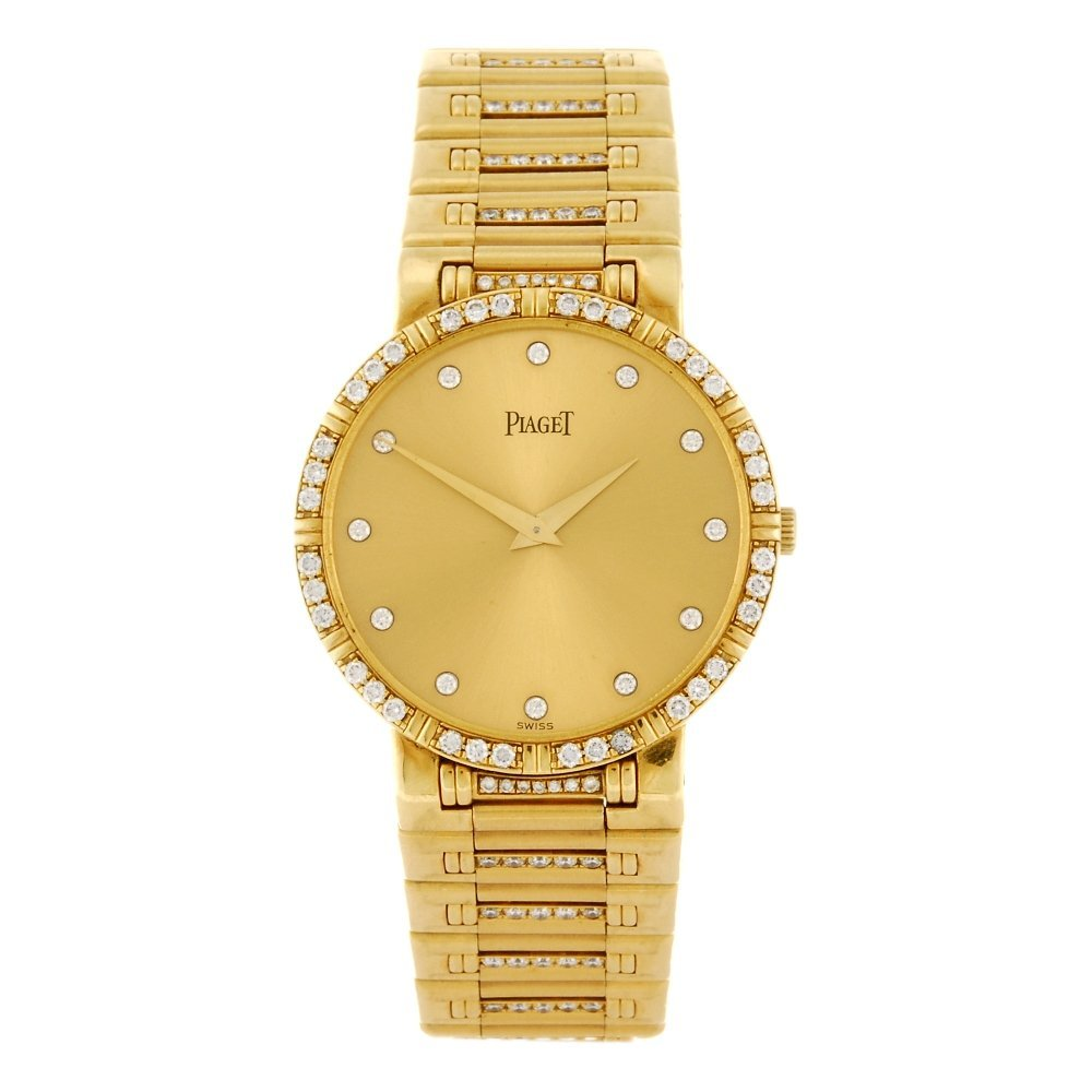 (307096871) An 18k gold quartz Piaget Dancer bracelet