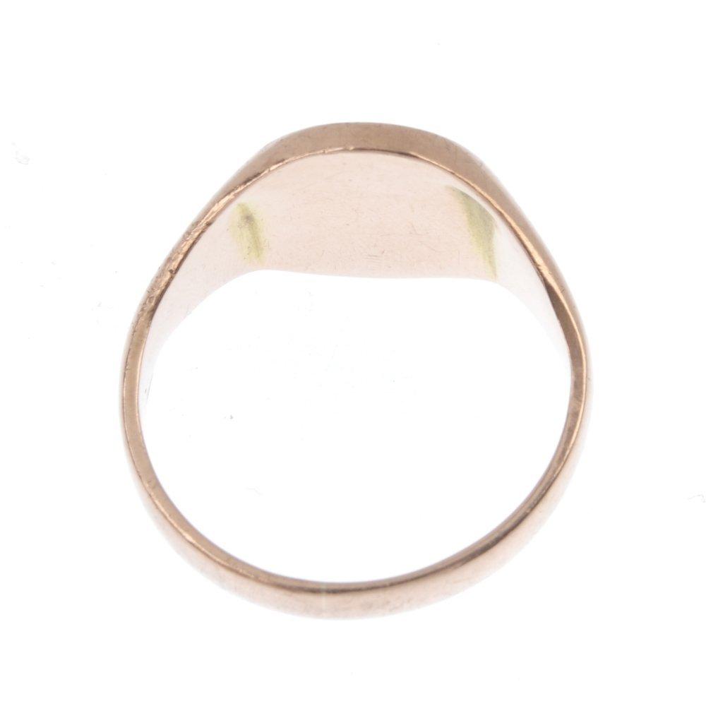 A 9ct gold Masonic Knights Templar enamel signet ring. - 4