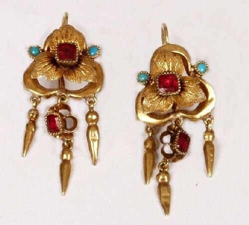 19: Pair of garnet and turquoise floral earri
