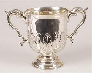 Edwardian twin handled cup, with stiff
