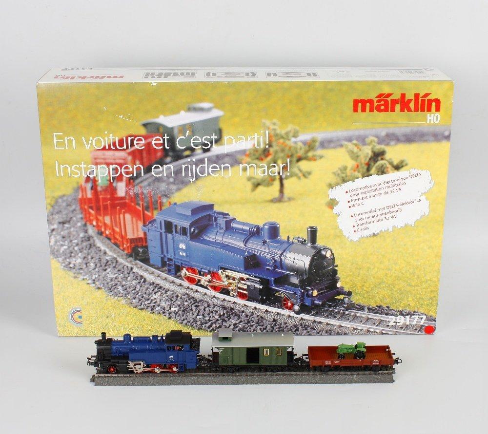 A Marklin H0/00 gauge 29177 model train set