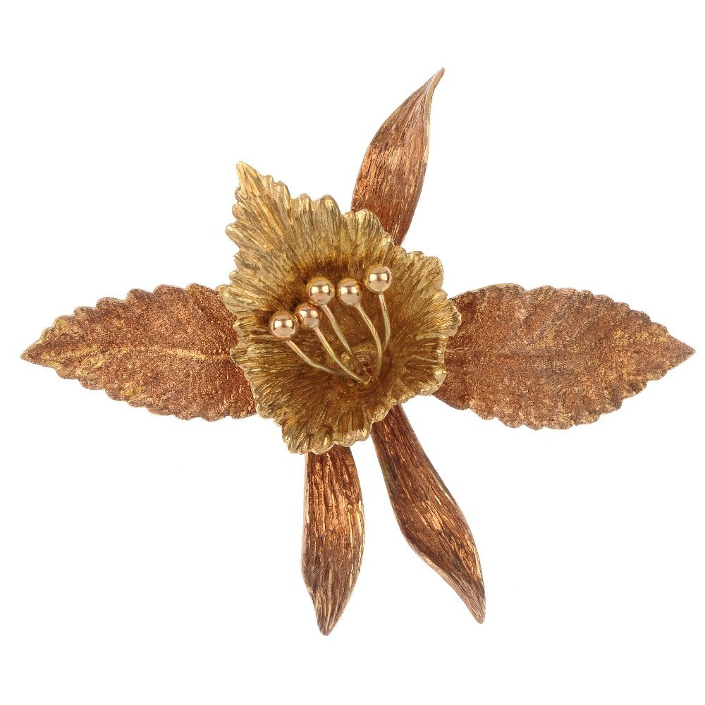 A 1960s 9ct gold orchid brooch.