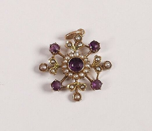 3: Late Edwardian 9ct gold amethyst and seed pearl star