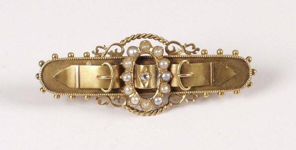 548: Edwardian 15ct gold belt and buckle design bar bro