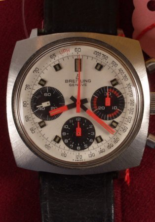 1011: BREITLING - a gentleman's 1970's  watch with cush