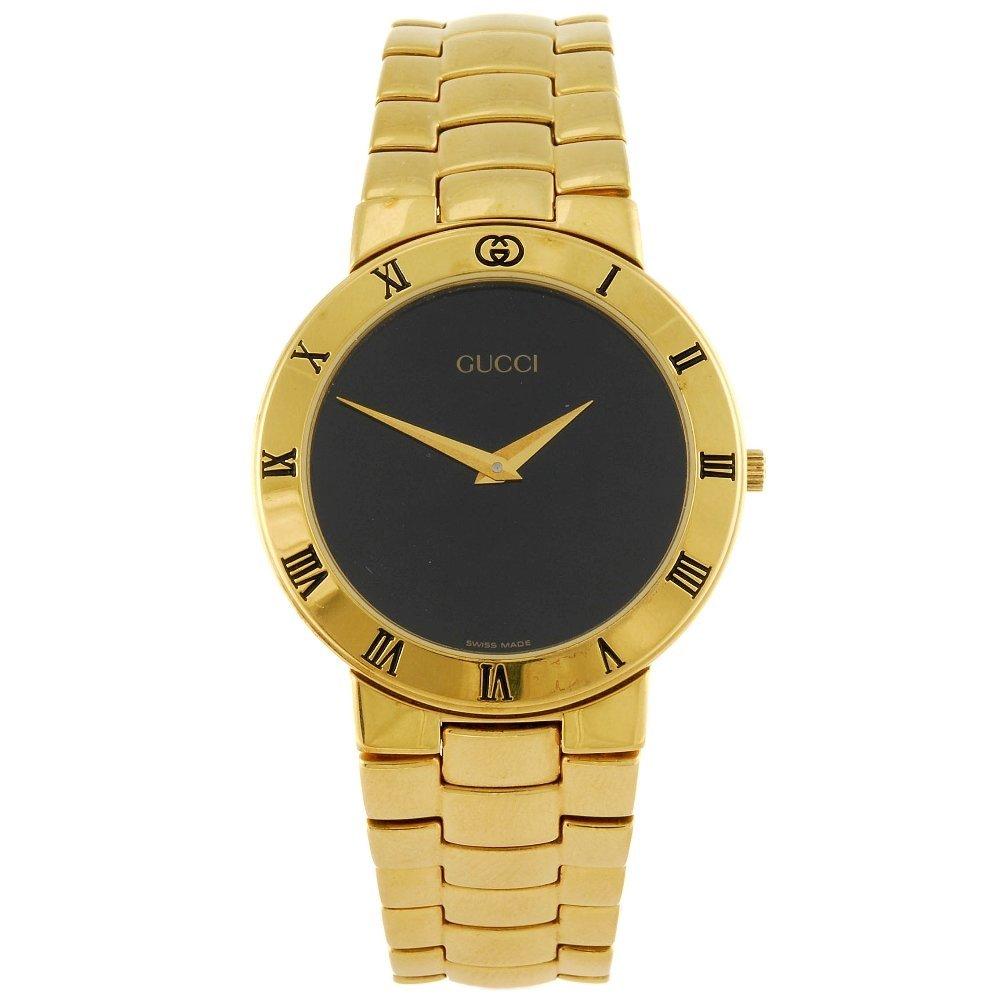 GUCCI - a gentleman's 3300.2M bracelet watch with a