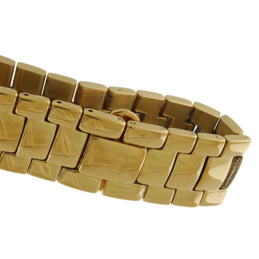 GUCCI - a gentleman's 3300.2M bracelet watch with a - 3