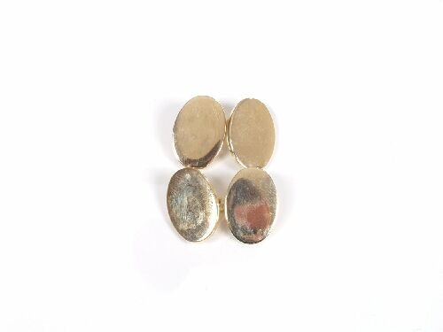 1022: Pair of 14ct gold plain oval chain conn