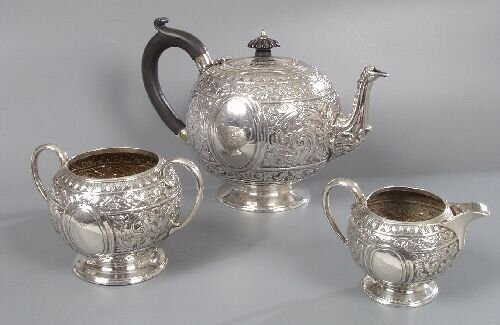 2024: A Victorian three piece tea service and