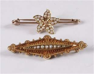 Edwardian 15ct gold lozenge shape brooch with centra