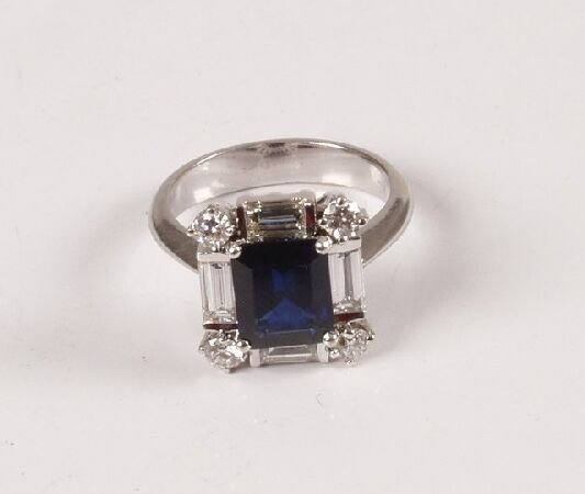 8: White gold mounted rectangular sapphire and diamond
