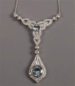 219: 18ct white gold pendant / necklet with a pear shap