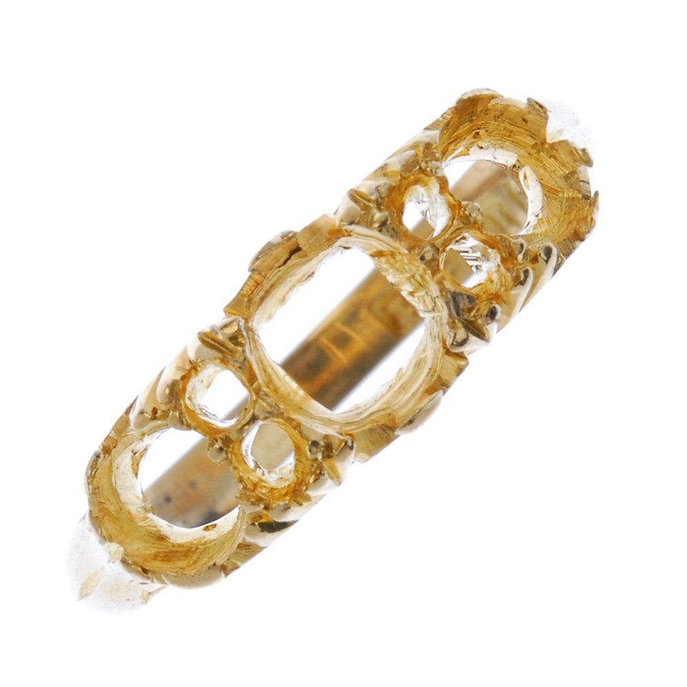 A late Victorian 18ct gold ring mount.