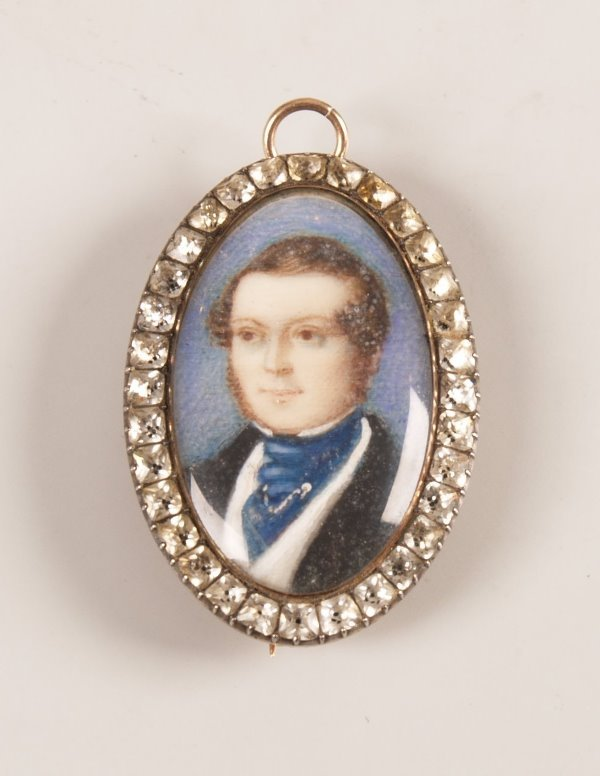 3: Oval miniature portrait brooch depicting a classical